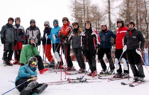 Kursanci slalomu ze Ski Spa