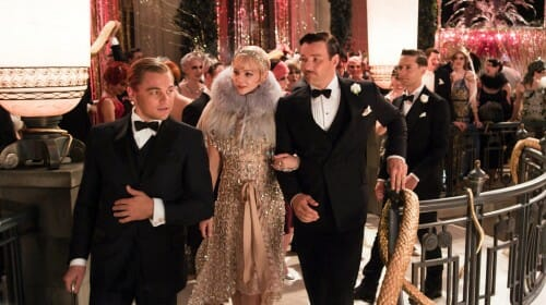 Jay Gatsby oraz Daisy i Tom Buchanan, w tle Nick Carraway
