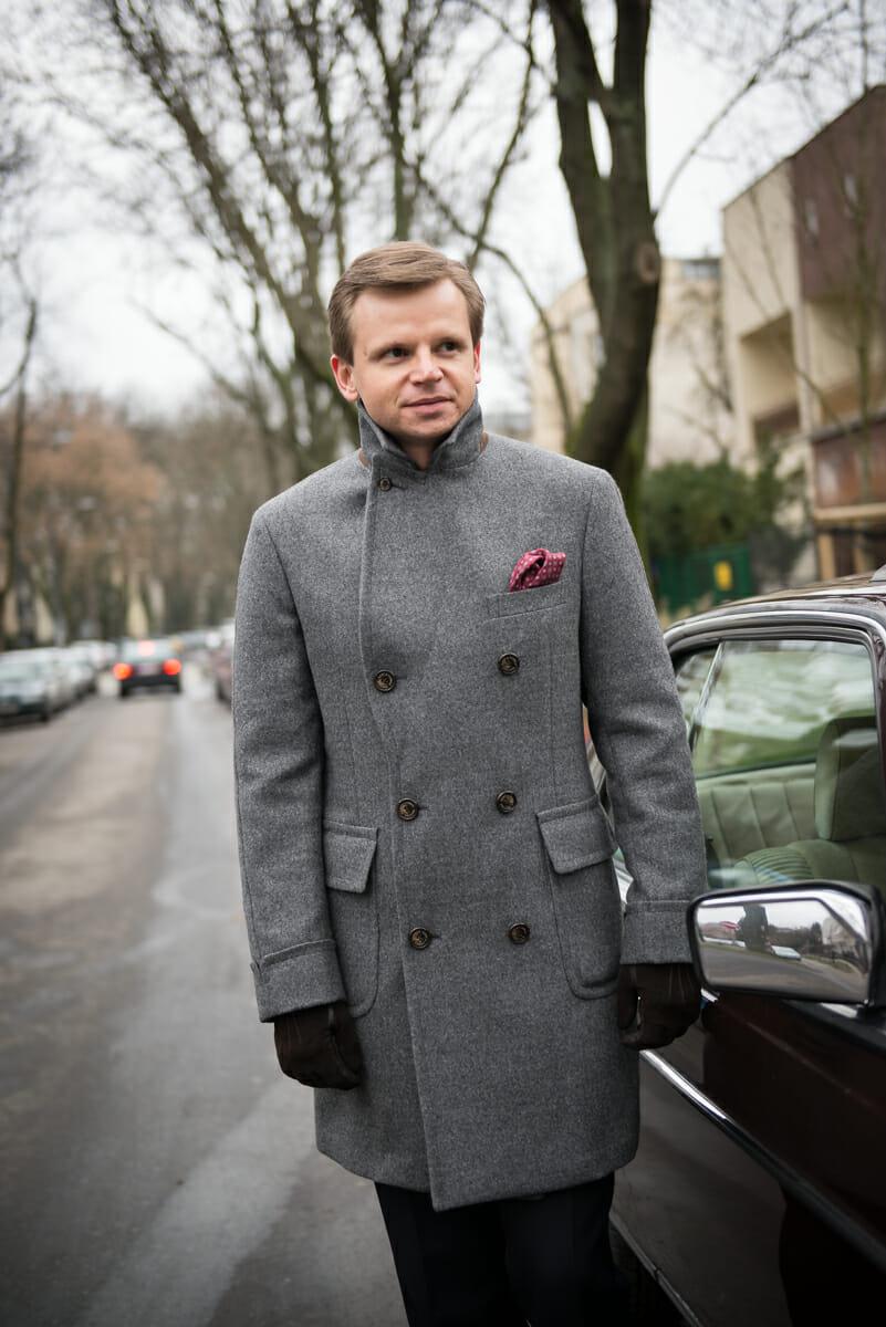 Dwurzędowy płaszcz męski