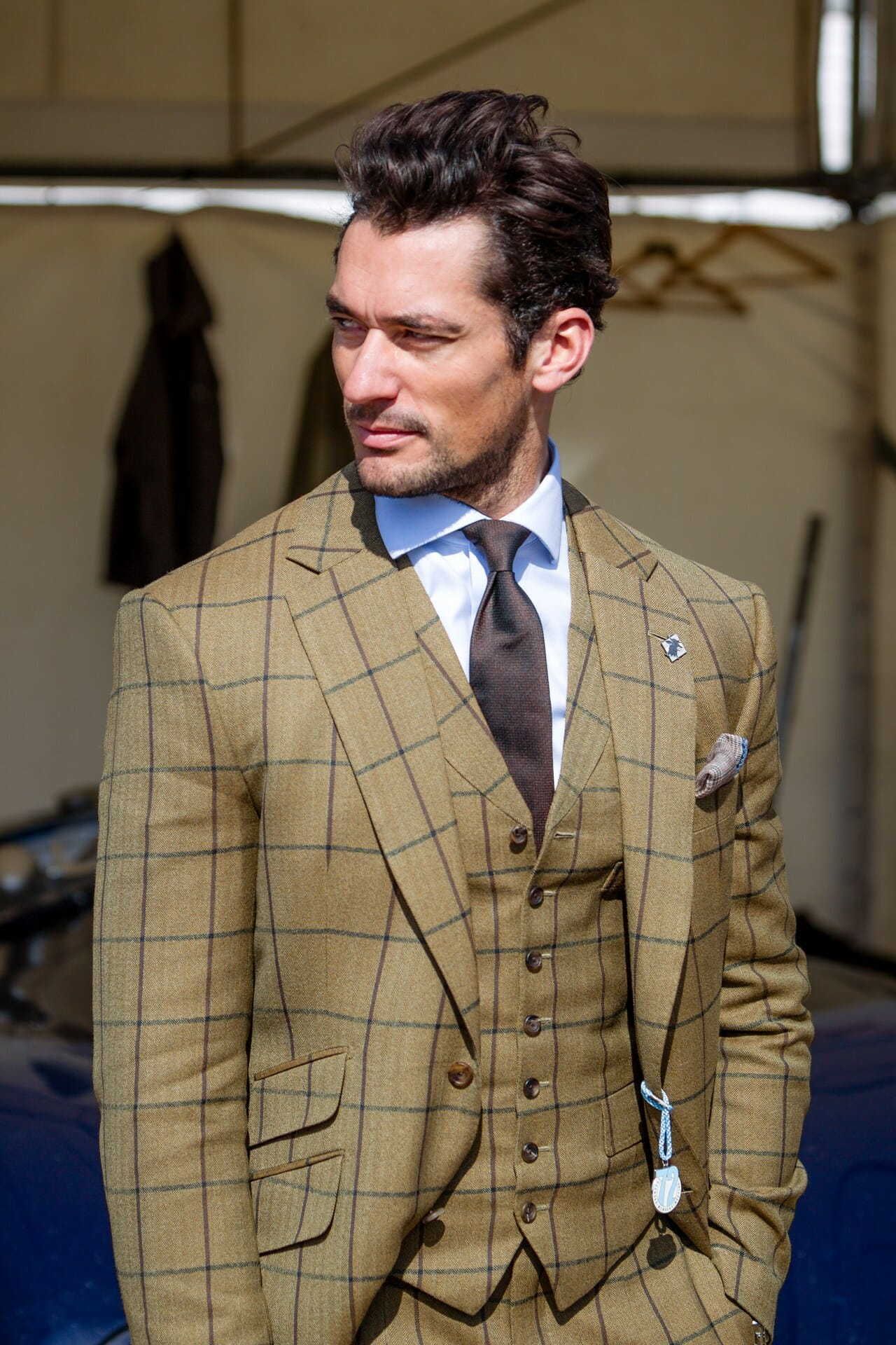 David Gandy w tweedzie w dużą kratkę (windowpane)