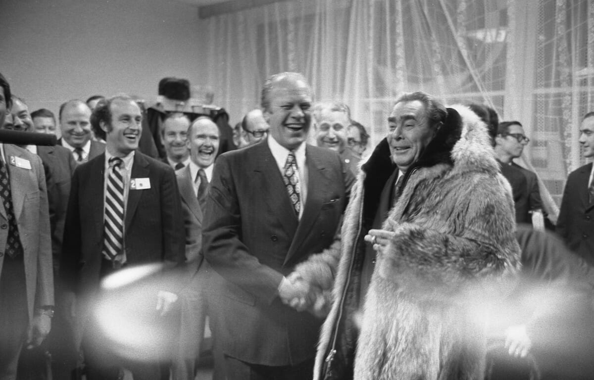 Gerald-R-Ford-gifts-his-wolfskin-coat-to-Leonid-Brezhnev-6