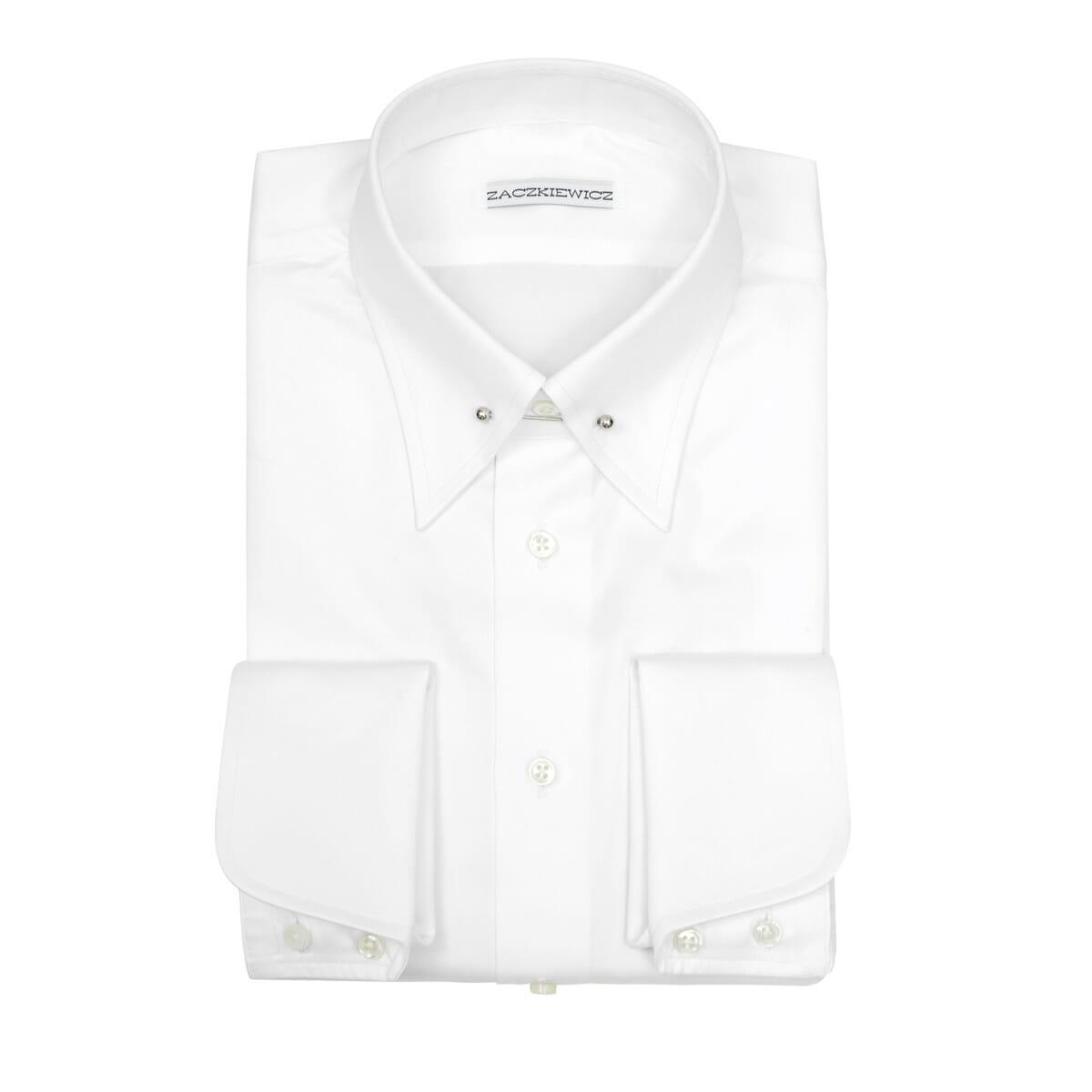 biała koszula James Bond