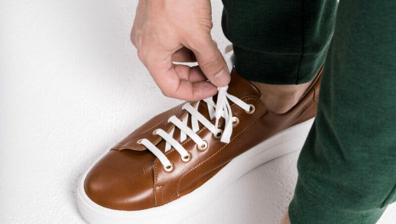 Sneakersy skórzane męskie. Wyprodukowane w Polsce