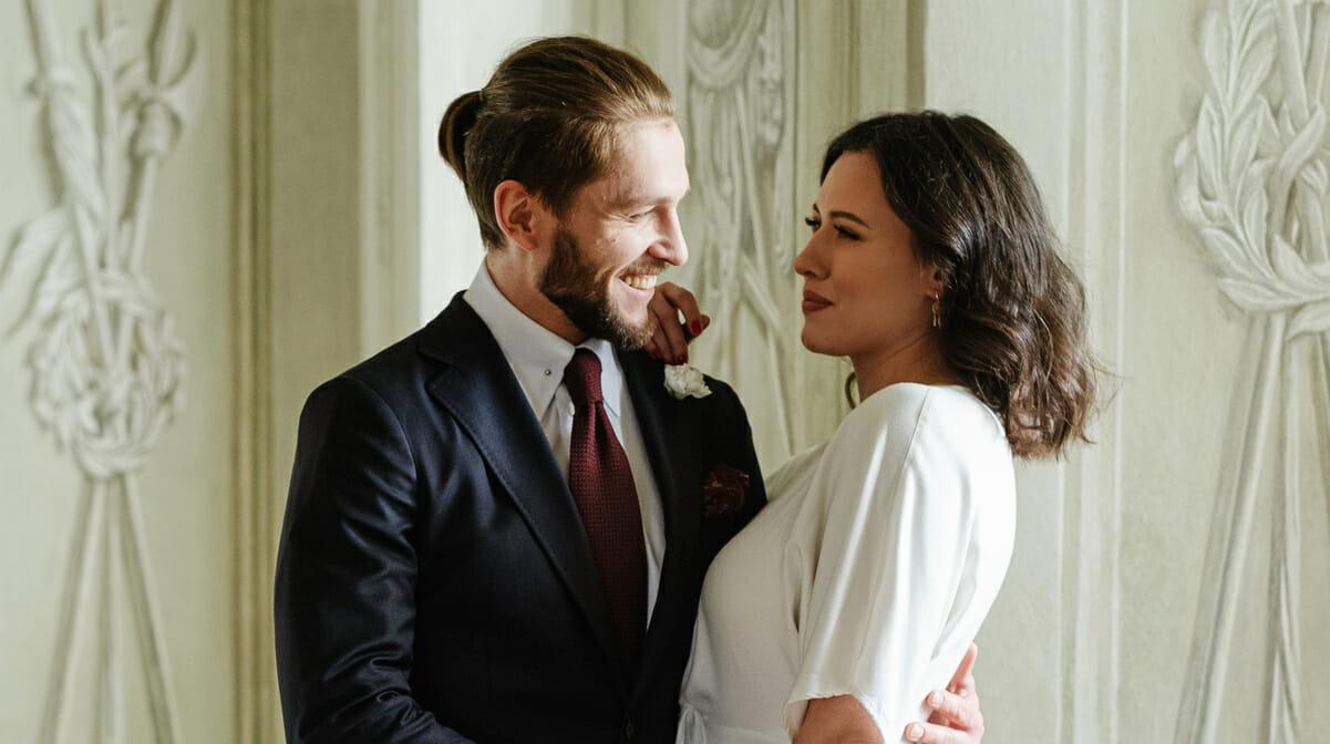 Krawat ślubny. Co zrobić, by wyglądał naprawdę świetnie?